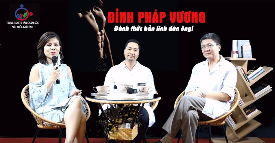 Bác sĩ Nguyễn Đình Bách trong buổi tư vấn online