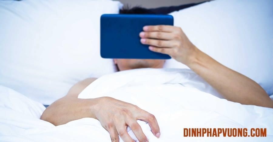 Xem phim khiêu dâm nhiều rất dễ bị mộng tinh khi ngủ