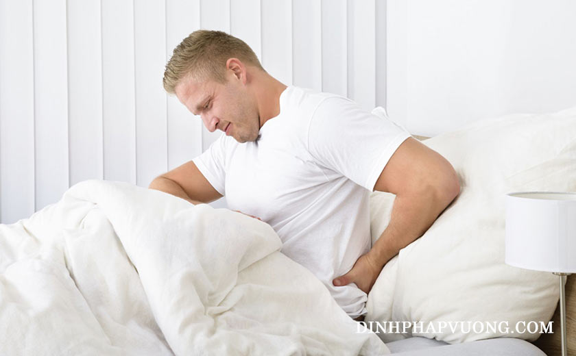 Đau lưng là một trong những dấu hiệu của bệnh về thận