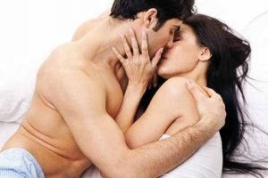 Không nên quan hệ khi gãy xương dù là nặng hay nhẹ?